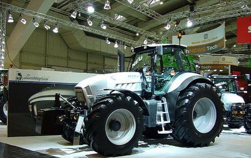 蓝博基尼牌拖拉机最牛 兰博基尼牌拖拉机 全世界农民的梦想高清图片