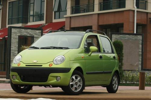 雪佛兰乐驰1.0手动舒适型 售价 5.88万元