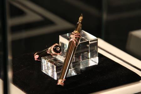 montblanc珠宝系列书写工具透射珠宝设计元素动人光华