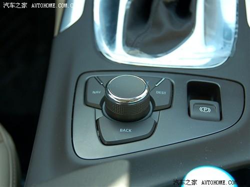 而当关闭电子手刹时则全部车型均需要在踏下刹车踏板的状高清图片