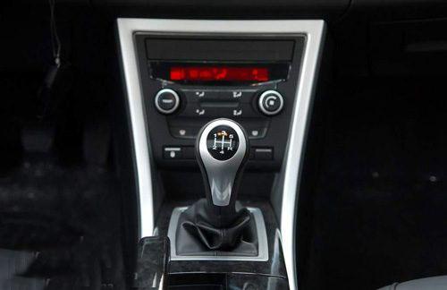 荣威550 5档手动变速箱-追求更快的速度 4款加速性能好车型推荐高清图片
