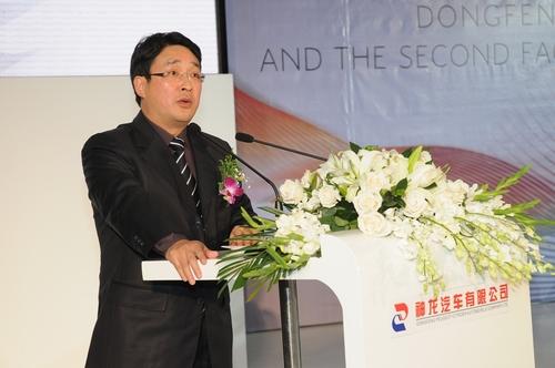 神龙汽车有限公司总经理刘卫东先生高清图片