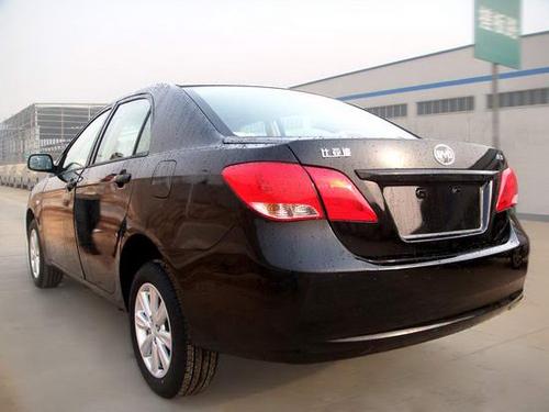 实车西安下线 比亚迪L3预订价格12万起