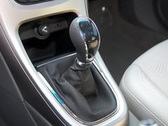 买辆车犒劳自己 8款15万以下两厢车推荐