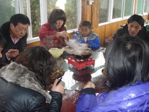 安徽翔迪新年客户农家乐活动愉快归来
