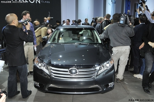 配备3.5升V6 丰田全新一代Avalon发布