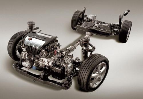 性能为先 几种发动机布置方式优劣解读