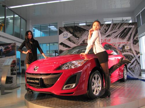 进口Mazda3两厢 武汉首映礼星光熠熠