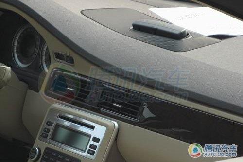 售价大幅下探 2.0T沃尔沃S80L谍照曝光