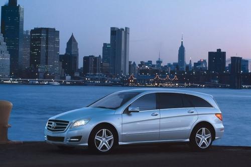 纽约车展首发 2011款奔驰R级官图发布