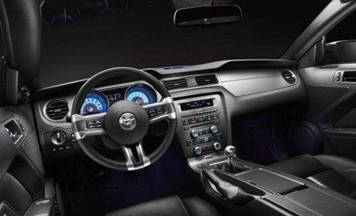 试驾2011款福特野马GT高清图片