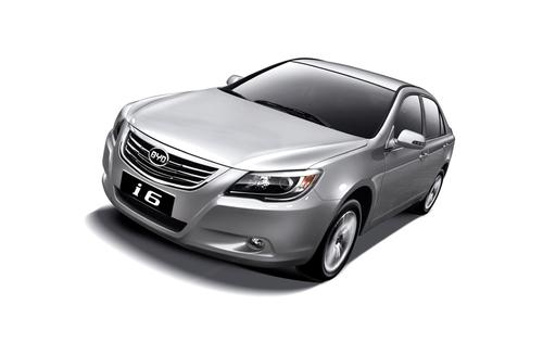 北京车展亮相 比亚迪i6售15万/8月上市