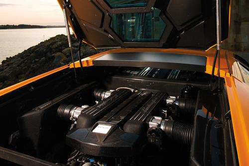终极!法拉利599VS兰博基尼LP670-4SV