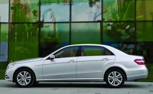 预计6月上市 国产奔驰新E级车展首发