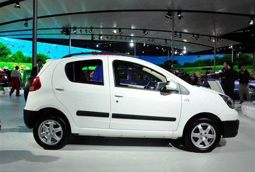 首推1.3L车型 熊猫Cross亮相北京车展