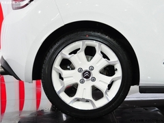 堪比宝马MINI的小车 车展实拍雪铁龙DS3