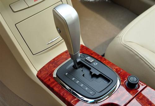 五款配置谁最值? 荣威350全系车型导购
