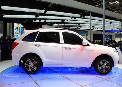 售价7-10万元 力帆首款SUV将于9月上市