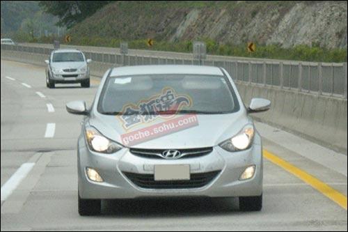 于2012年国产 新一代伊兰特实车照曝光