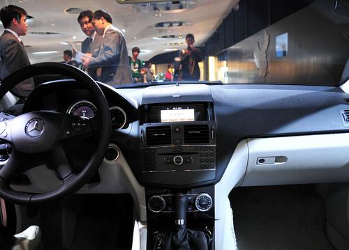 售价30.8万元 奔驰C180 K经典型上市!