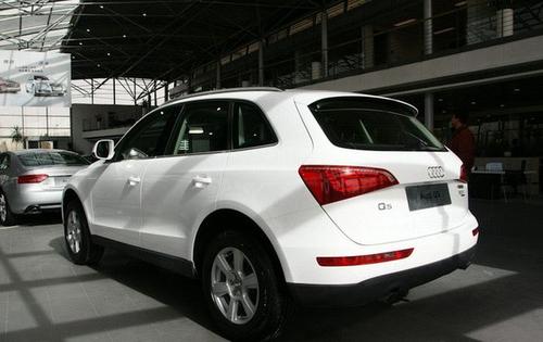 30多万买什么SUV Q5/X1/傲虎入门型对比