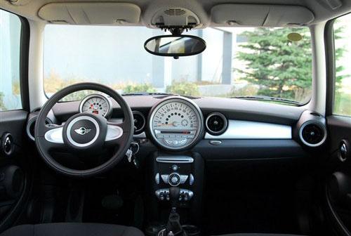 绝对拉风!5款配无框式车门的酷车推荐