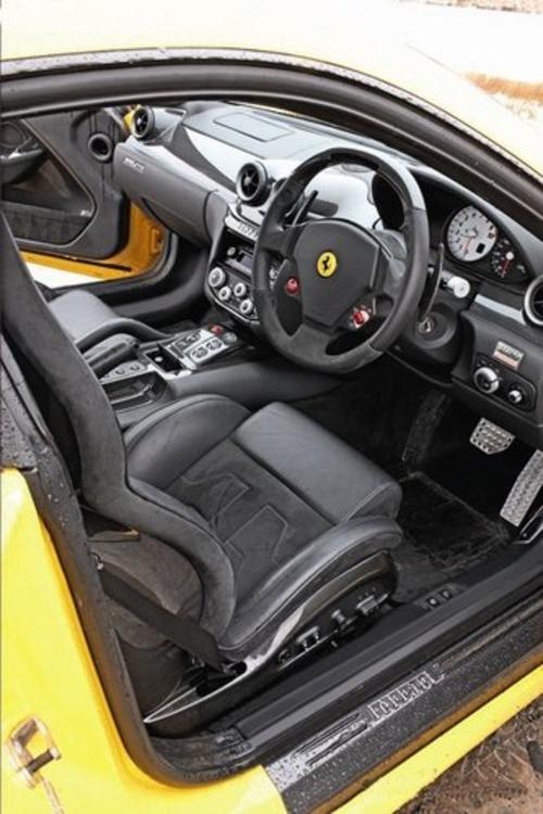 昂贵 试宾利欧陆/阿斯顿马丁/法拉利599