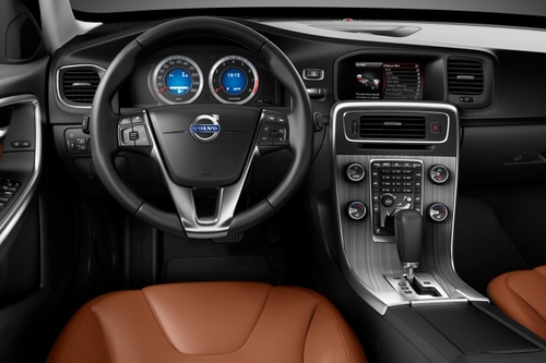 最安全的中型车 试驾沃尔沃S60 3.0T