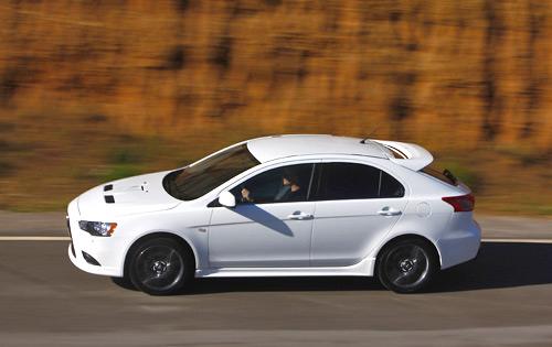 Sportback Ralliart的跑姿〗-目标锁定十代翼豹 试驾三菱蓝瑟两厢版全