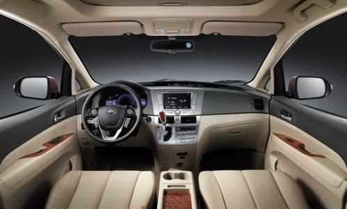 换装6速MT 比亚迪新款M6广州车展首发