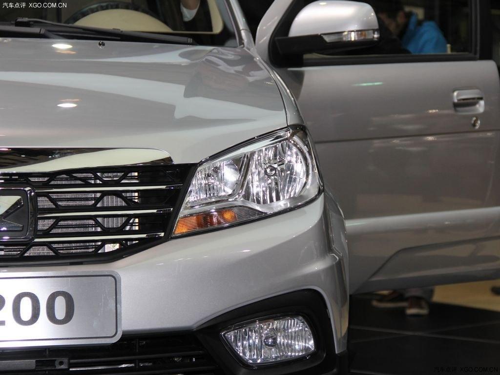 众泰T200 XGO汽车点评网 -众泰T200高清图片