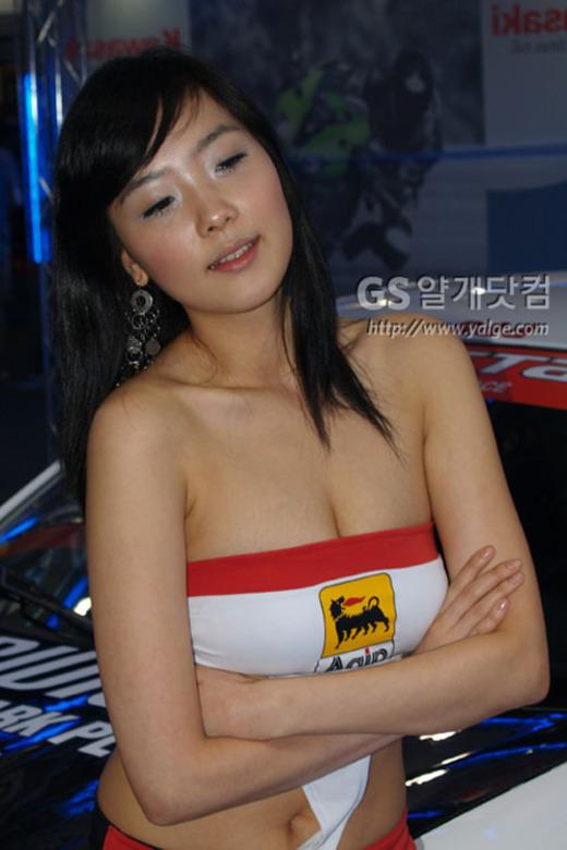 可爱车模_香车美女_xgo汽车点评网