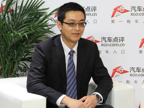 2014北京车展 访郑州日产市场部郭权锐 高清图片