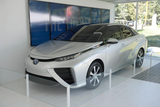 2015丰田FCV新能源车亮相 采用氢燃料