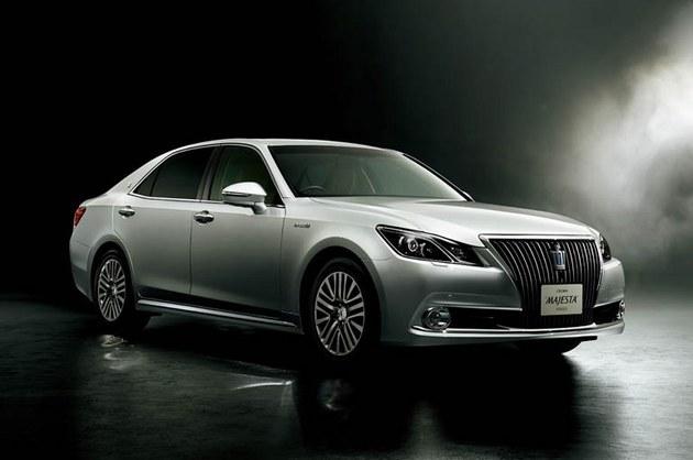 7月9日,据日本丰田官网消息,丰田将推出皇冠的混动全时四驱版车型