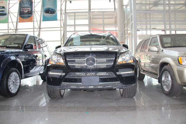 奔驰GL350加拿大版-奔驰GL350 加版现车到店活动价格120万