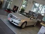 奔驰E级(进口) 现车销售 最高优惠5万元