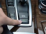 一分钟解决用车问题(16)自动驻车使用
