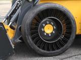 再也不担心爆胎了 免充气轮胎正式量产