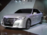 丰田全新皇冠2015年初上市 先期推2.5L