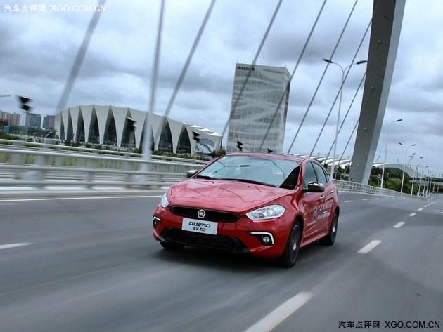 广汽菲亚特致悦搭载的7速双离合变速箱工作效率颇高,换挡积极高清图片