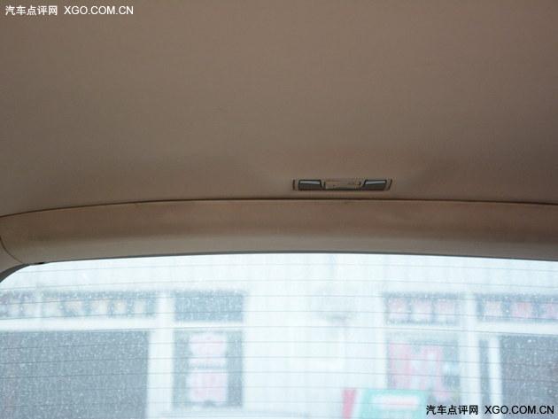 被你忽视的头顶!车辆顶棚清洁与保养指南