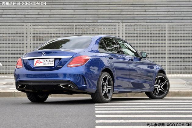 以力量点缀豪华 专业测试北京奔驰C300