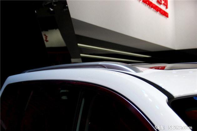2016北京车展 东风风行首款SUV-SX6实拍