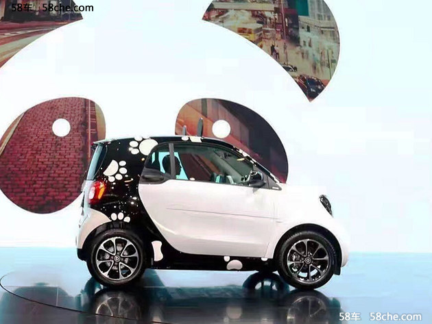 2016成都车展 smart fortwo 熊猫版发布