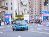 BMW i3升级版领跑2016上海国际马拉松赛