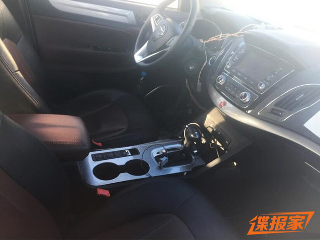 江淮瑞风S5混动版谍照曝光 或年内推出
