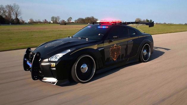 纽约车展 日产提前带来警车外观GT-R