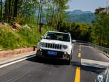 Jeep自由侠敞篷版试驾 行驶感受变化不大