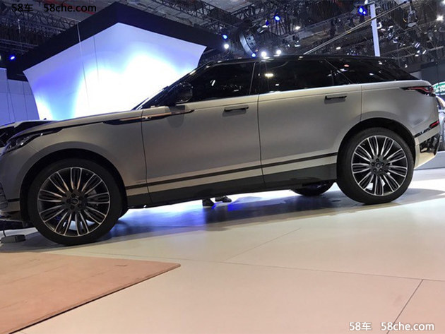 2017上海车展 路虎揽胜星脉于中国首发